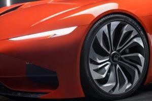 Karma superautomobilio lydynio ratlankiai