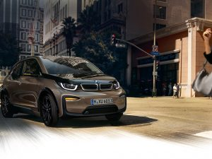 BMW signalizuoja apie i3 elektromobilio kelio pabaigą