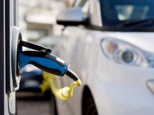 Nors Vilnius tampa patogesnis elektromobiliams, kai kurių lengvatų gali nelikti