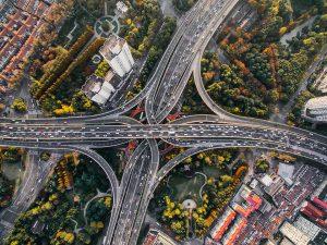 Elektromobilių ateitis: kaip greitai jie perims mūsų kelius?