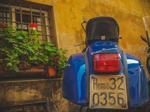 Italija imasi įgyvendinti tvirtas elektrinio transporto paskatas