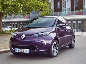 """""""Renault Zoe"""" elektromobilių pardavimas Europoje išaugo: tapo vienu geriausiai parduodamų prekės ženklų"""