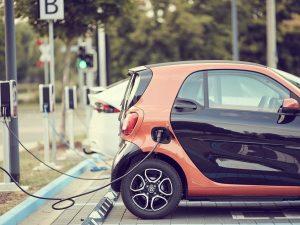 Elektromobilumas Lietuvoje: lūžis įvyko, laikas pamiršti senus įpročius