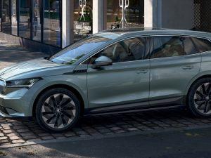 """""""Škoda"""" pristatė visiškai elektrinį visureigį """"Škoda Enyaq iV"""""""