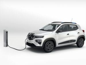 """""""Dacia"""" elektromobilis """"Spring"""" Lietuvoje pasirodys jau liepą. Kiek jis kainuos?"""
