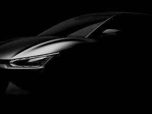 """""""Kia"""" pateikė pirmąsias naujojo elektromobilio dizaino užuominas"""