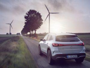 """Naujasis kompaktiškas SUV """"Mercedes-Benz EQA"""" atvyko į Lietuvą"""