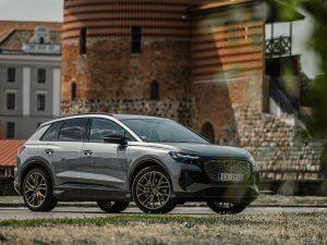 """Lietuvoje pristatytas naujasis visiškai elektrinis SUV """"Audi Q4 e-tron"""""""